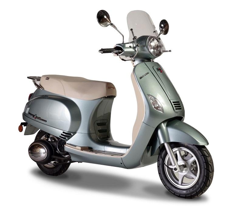 Corven Motos presenta el nuevo Expert 150 Milano