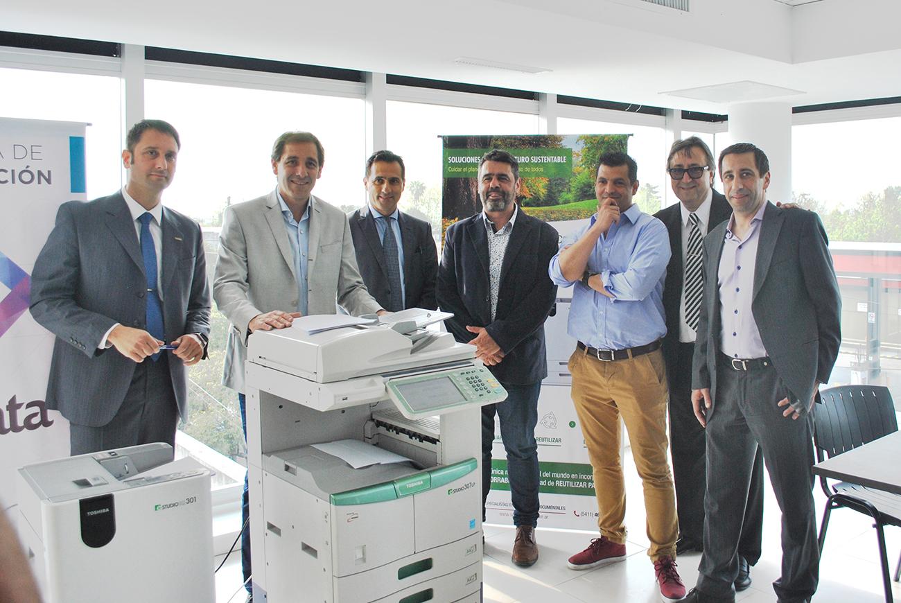 SG Soluciones presentó la impresora eco de Toshiba