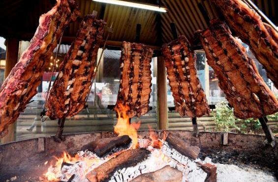La Exposición Rural recibió a visitantes en el marco de rondas de negocios de maquinaria agrícola y ganadería