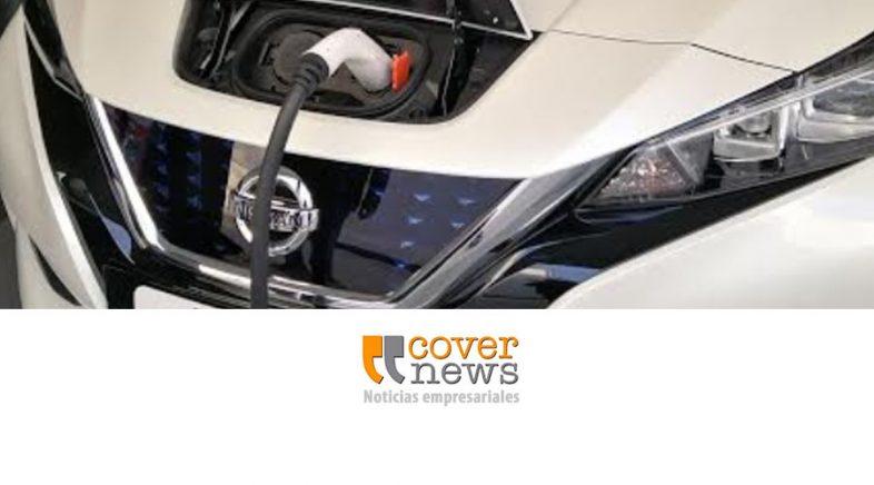 Nissan instala cargadores para sus autos eléctricos en concesionarios
