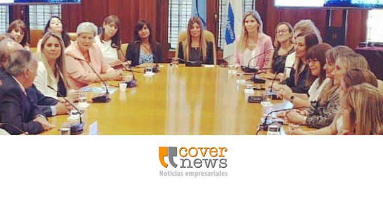 Reunión empresarial en torno a la equidad de género, inclusión y diversidad